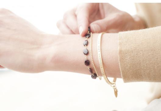 a Beautiful Story Magic Granaat - Armband Goud