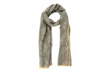 sjaal met bladprint leemgroen
