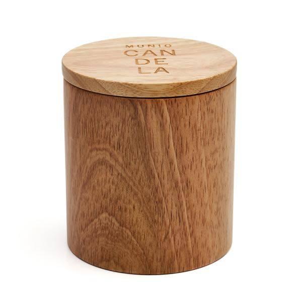 Munio Candela Linde kaars in houten votive 230ml