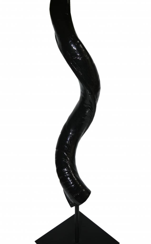 Kudohorn mit Stand - Black Lounge