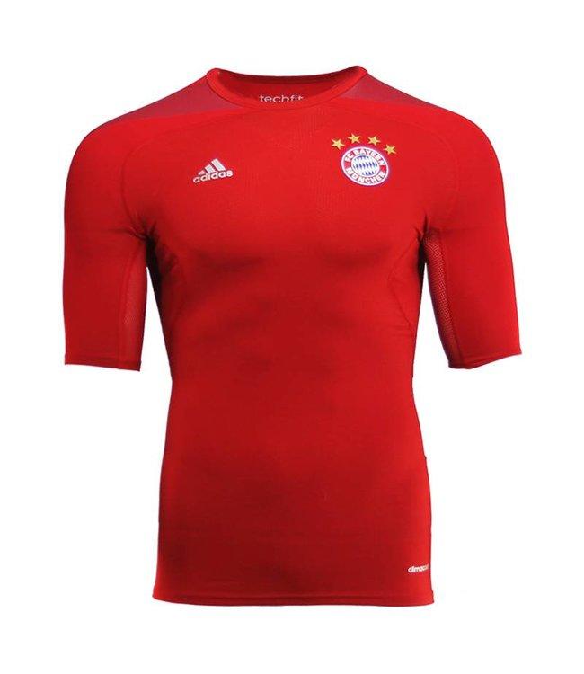 Adidas Techfit-shirt Bayern
