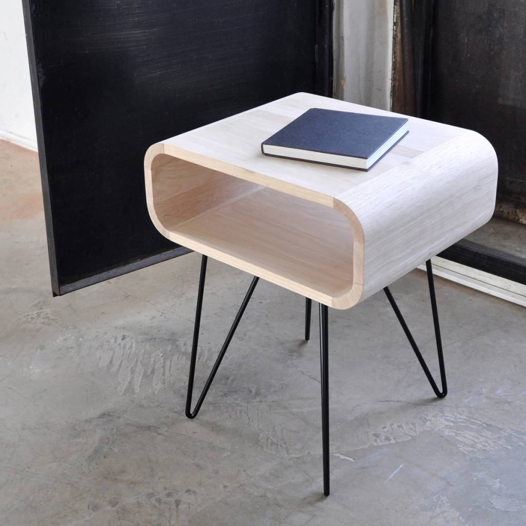 XL BOOM METRO END TABLE - Rubberhout