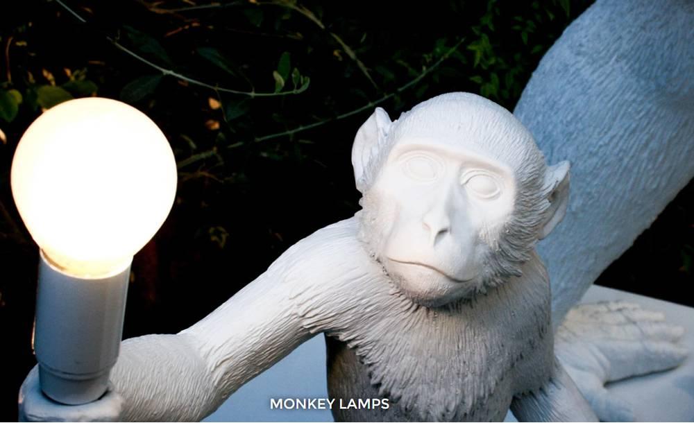 SELETTI MONKEY LAMP - Zittend