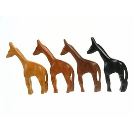 Wooden polished Giraffe 10cm.