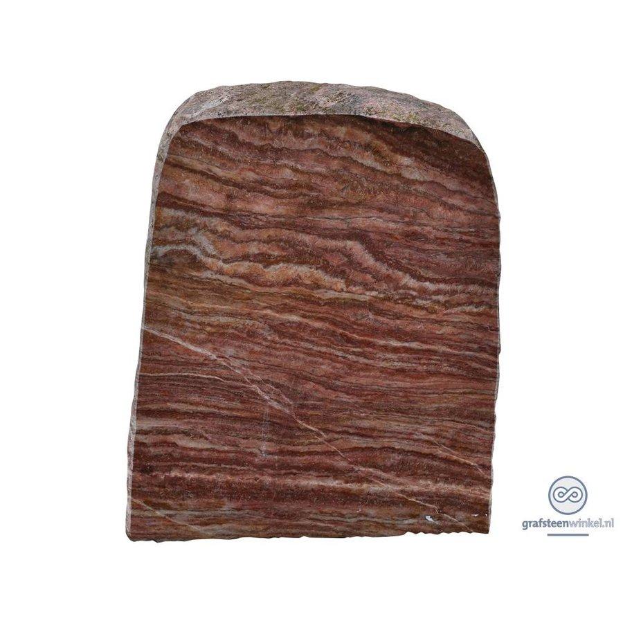 Rode grafsteen met grove, natuurlijke afwerking-2