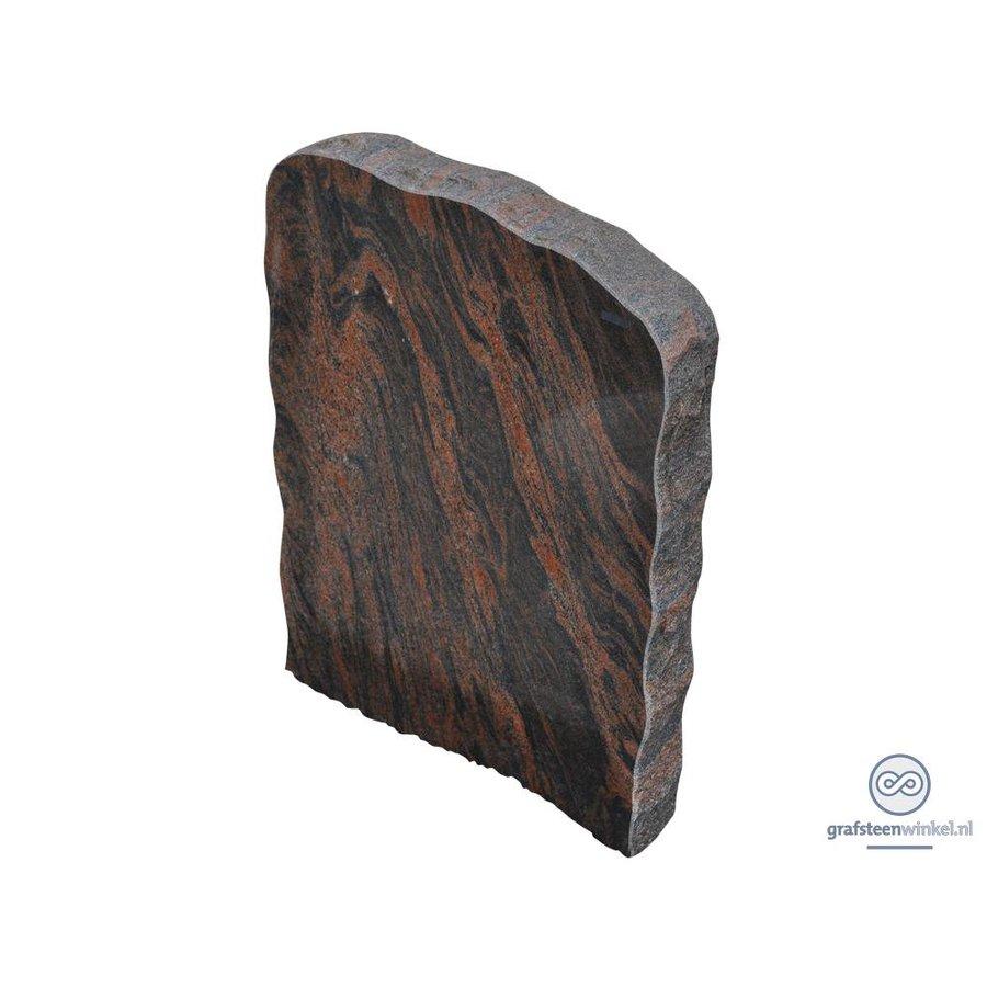 Zwart/ bruine grafsteen met getrommelde zijden