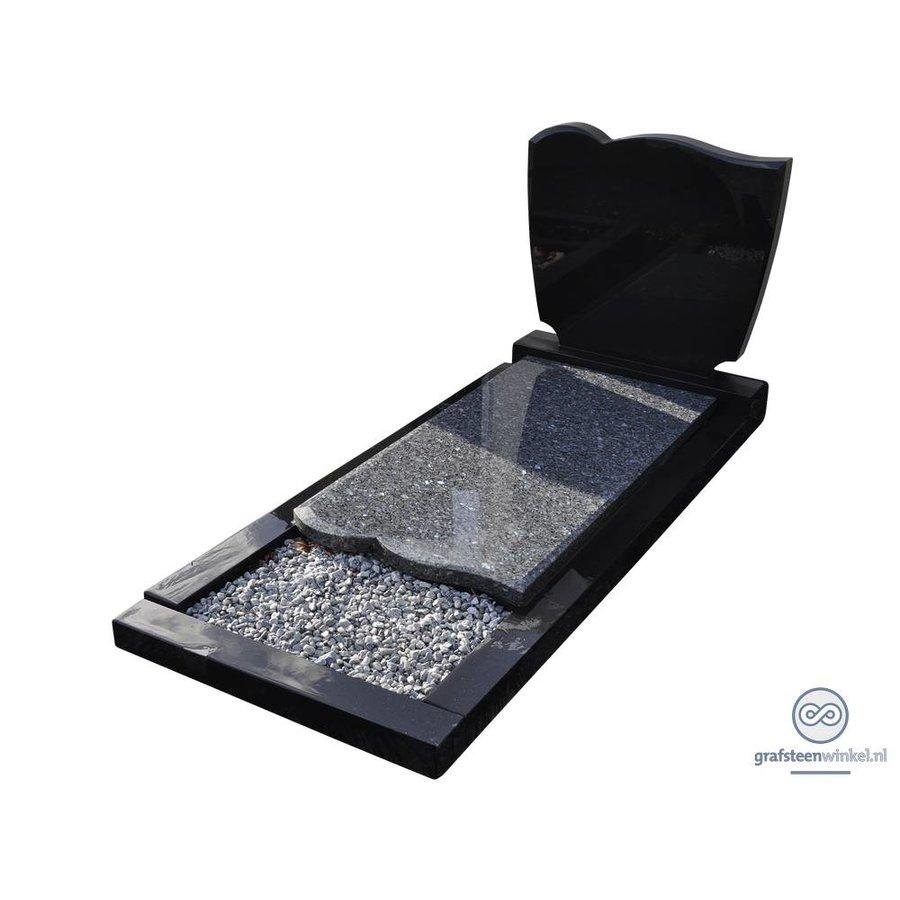 Zwarte grasteen met speelse rondingen aan bovenzijde en grijze afdekplaat-1