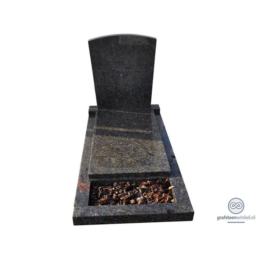 Zwarte grafsteen met afdekplaat en omranding-2