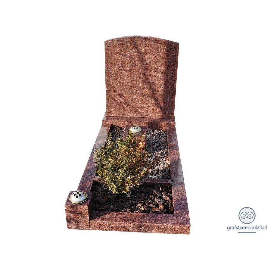 Rode grafsteen met omranding en bloemvak-2