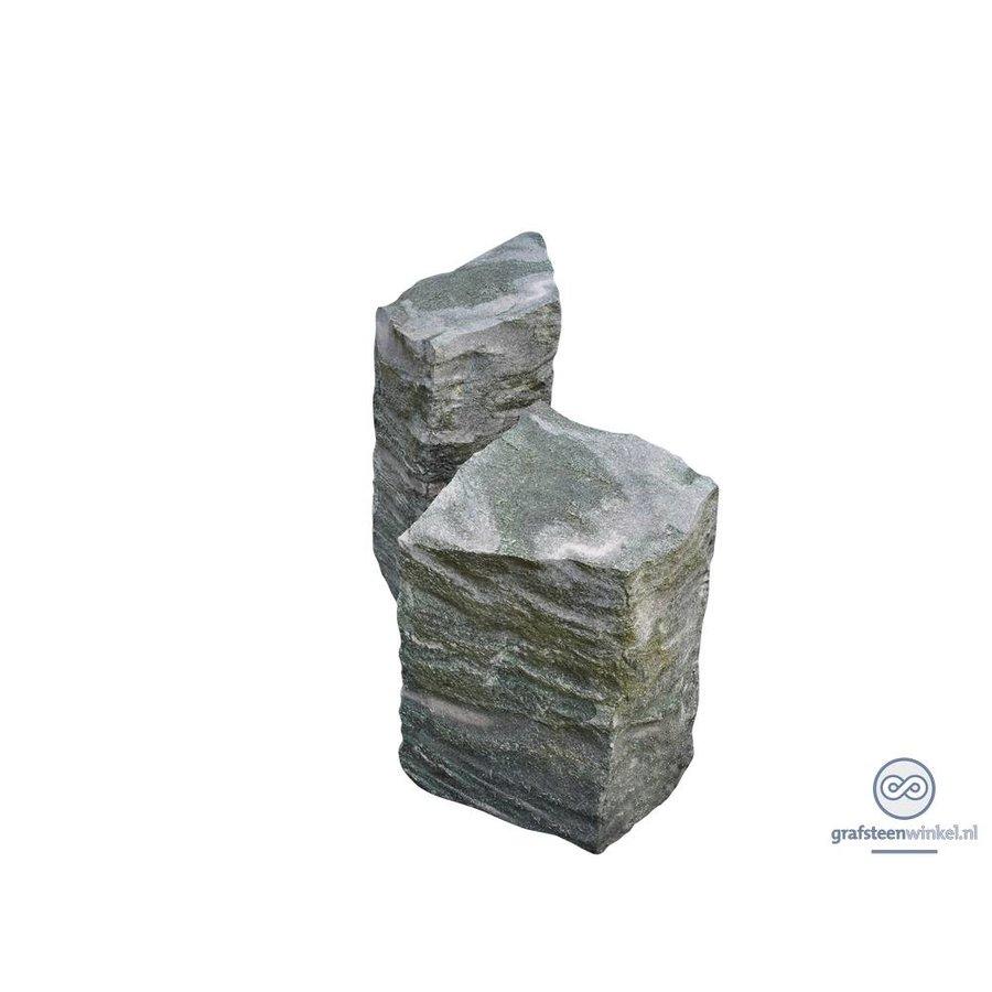 Twee grijze zuilen grafsteen-2