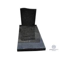 Zwarte grafsteen met golvende bovenzijde en afdekplaat