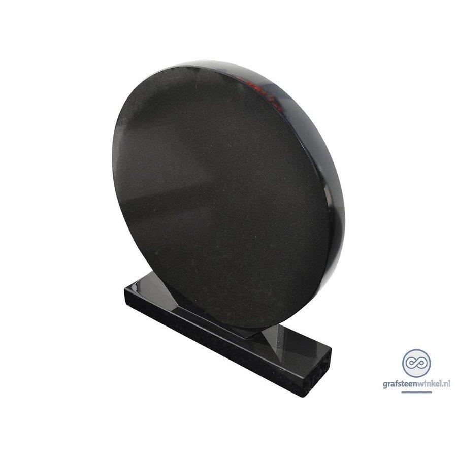 Zwarte cirkelvormige grafsteen-1
