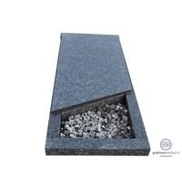 thumb-Grijze liggende grafsteen met afdekplaat-2