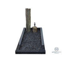 thumb-Twee basalten zuilen grafsteen met zwarte omranding-1
