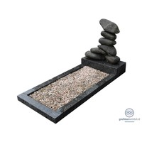 thumb-Gestapeld stenen met groenachtige omranding-2