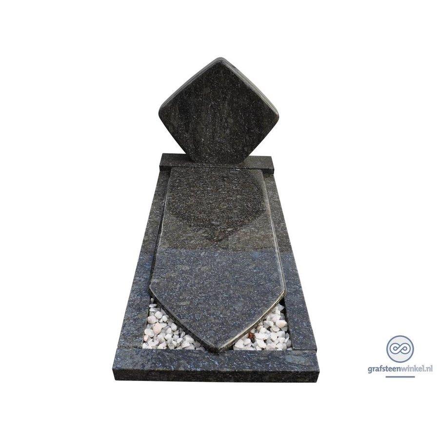 Grafsteen in ruitvorm-1