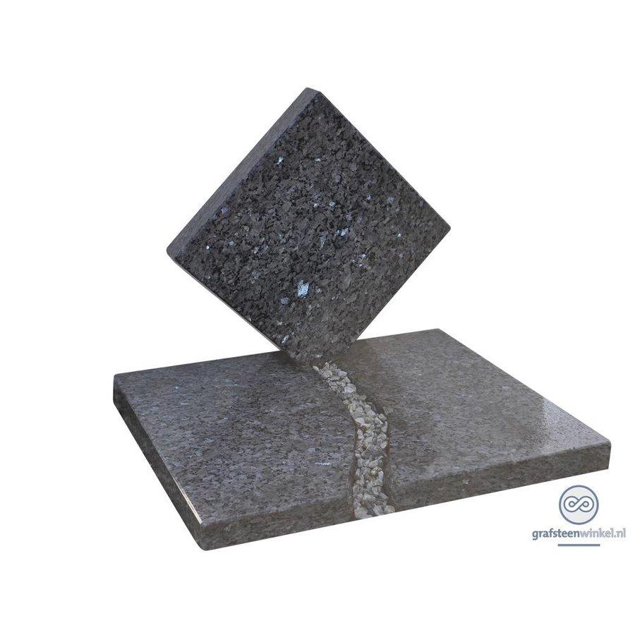 Grafsteen urnengraf-2