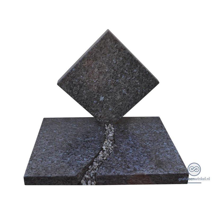 Grafsteen urnengraf-1