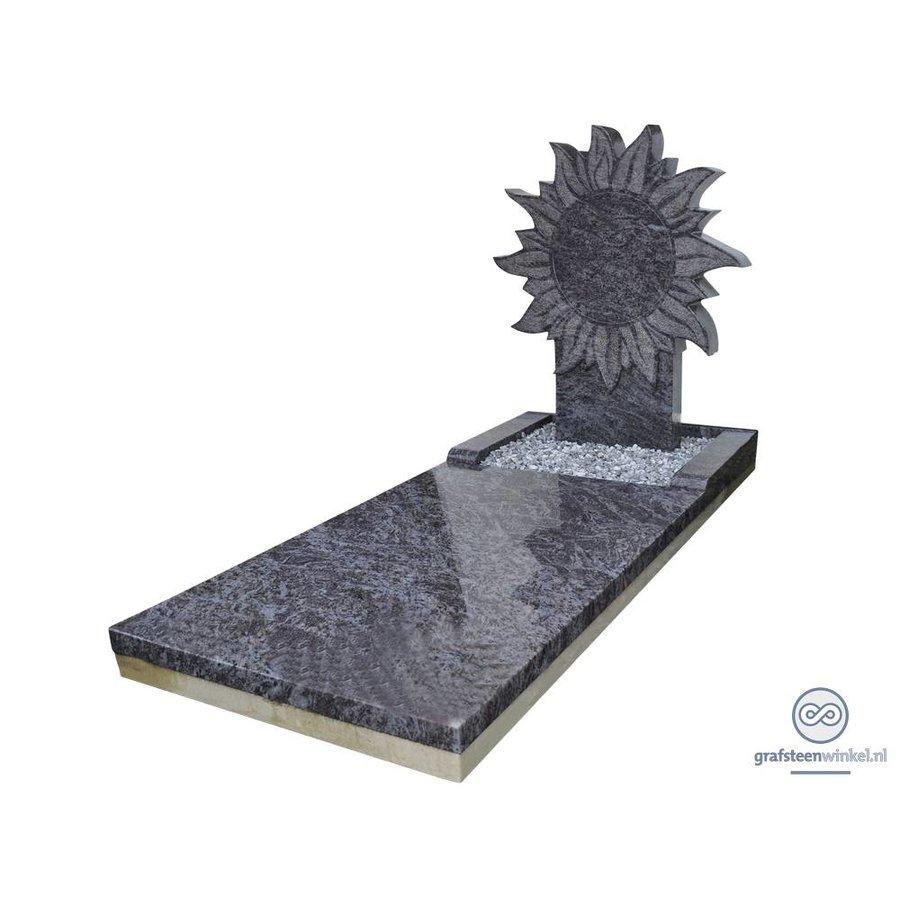 Grafmonument met zon-1
