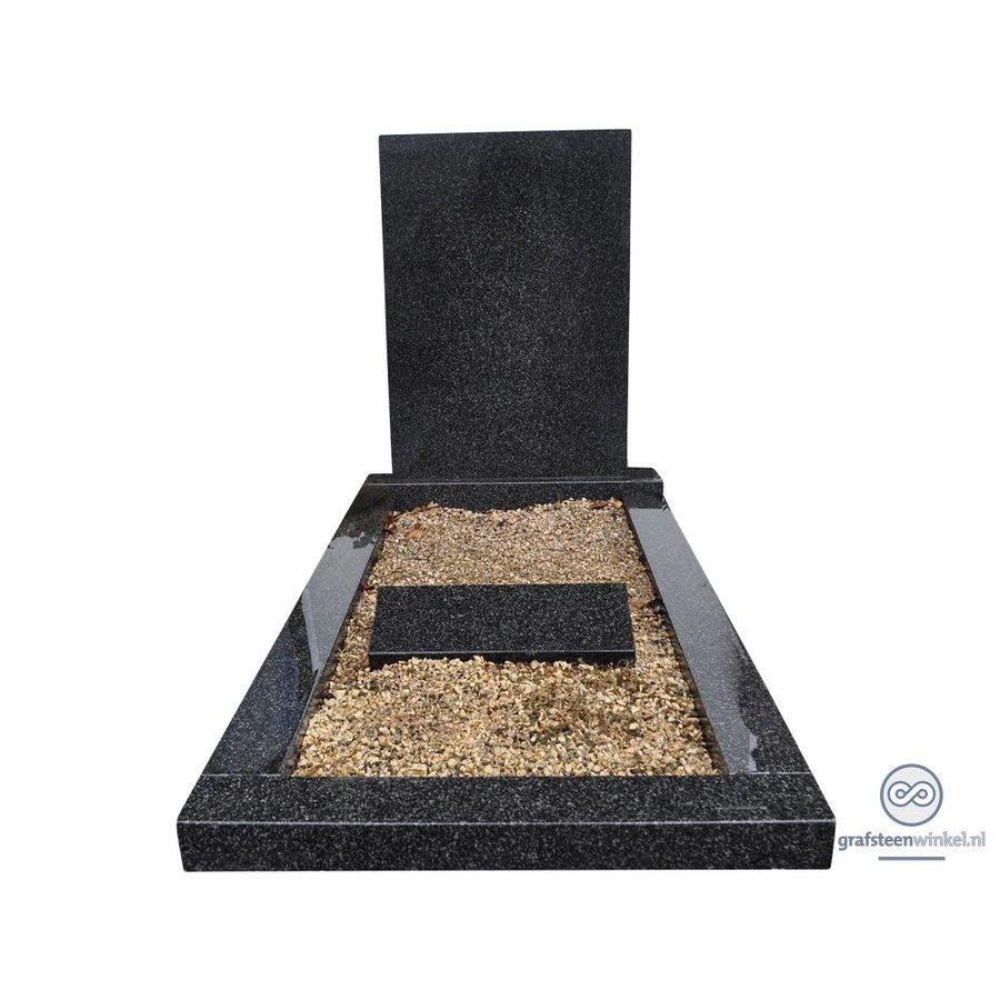 Eenvoudige grafsteen met omranding-2