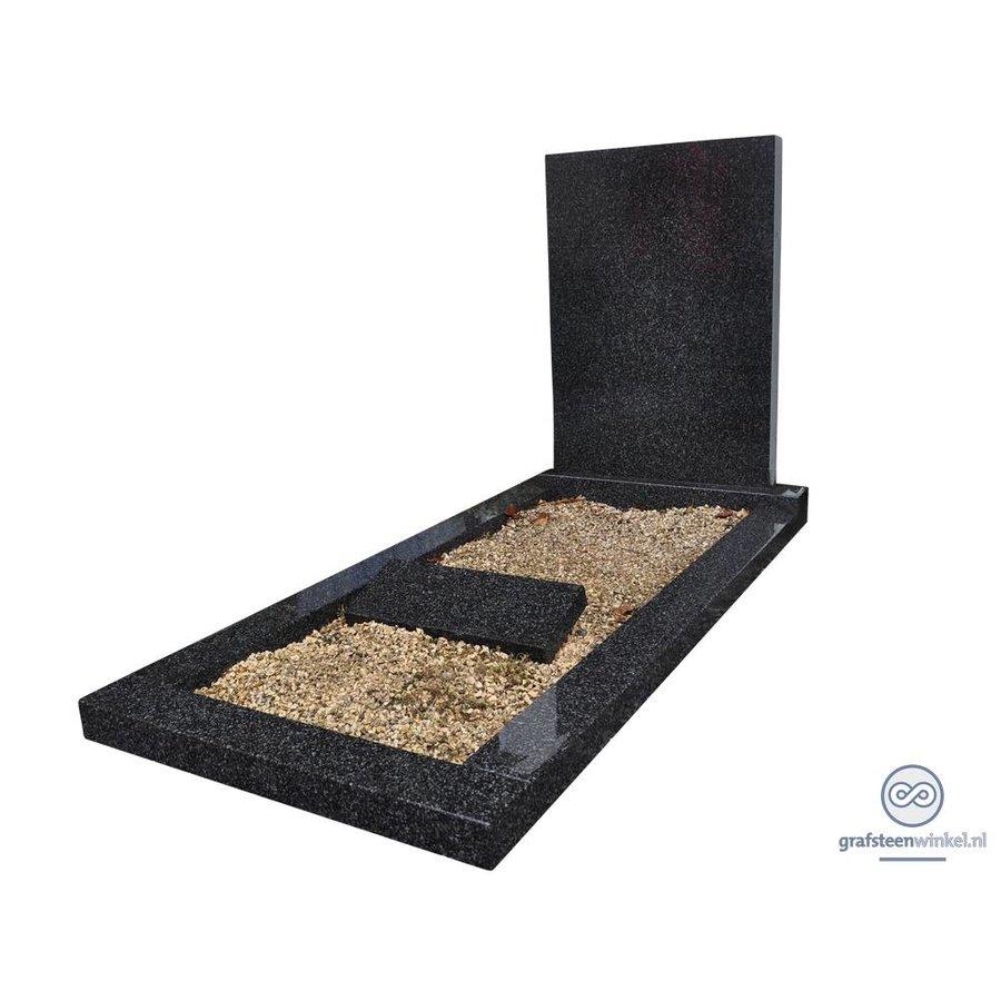 Eenvoudige grafsteen met omranding-1