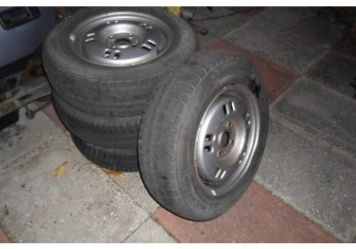 Rims set with good tires 372000 uses Volvo 340, 360