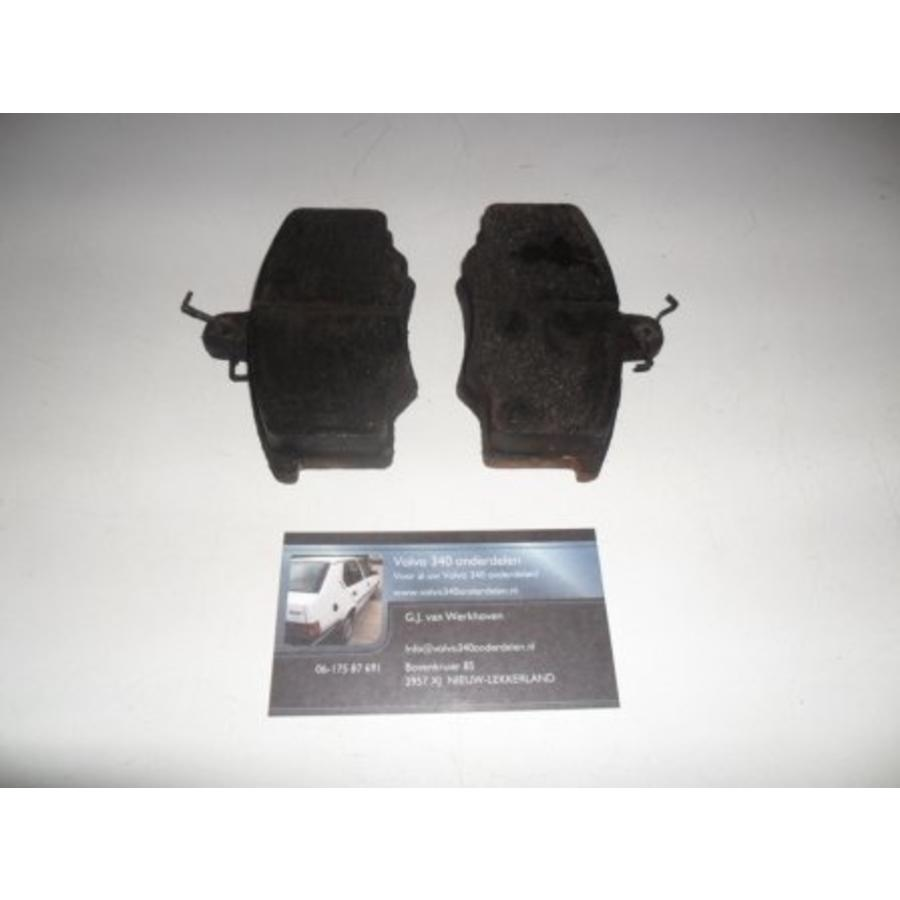 Rem block set voorwiel links Volvo 340