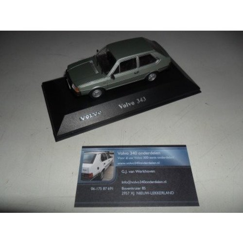 Scale model (2) new Volvo 343