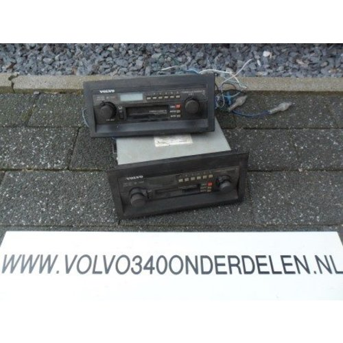 Radio 'klassiek model' 5 Volvo 300-serie