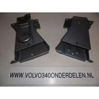 Bumper bracket front L / R 3287103/3287104 new Volvo 340, 360
