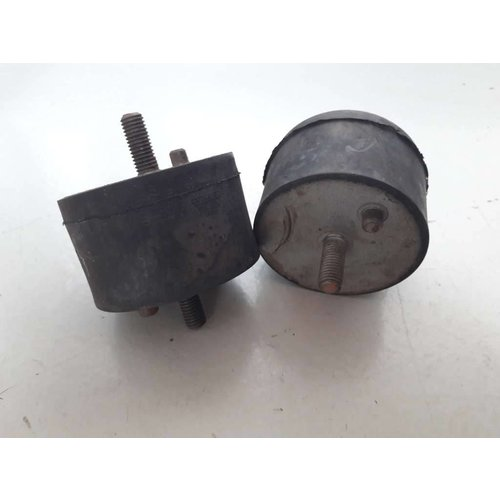 Motor support rubber 1221915 NEW Volvo 240