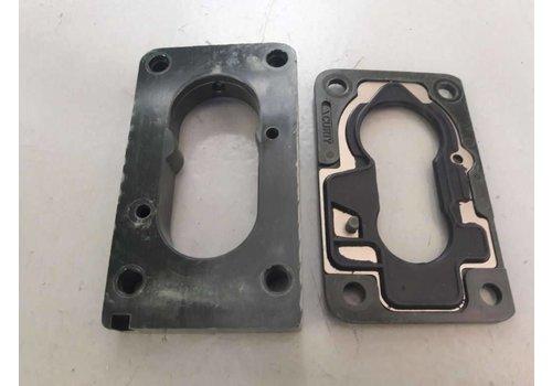 Insulation flange kit foot pad B172 engine 3344557 NEW Volvo 340, 440