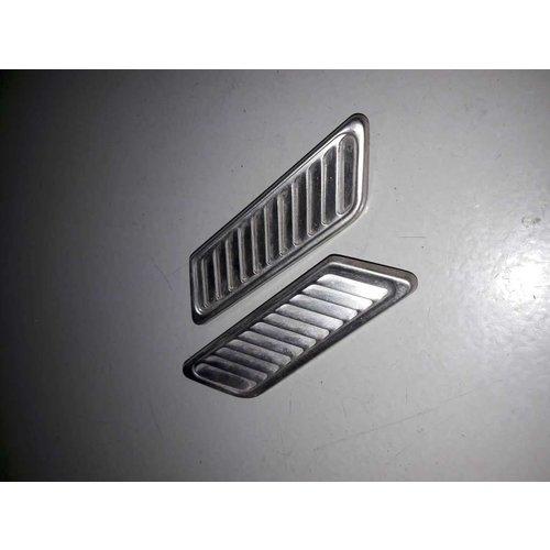 Grille C-pillar 660026 Volvo 66