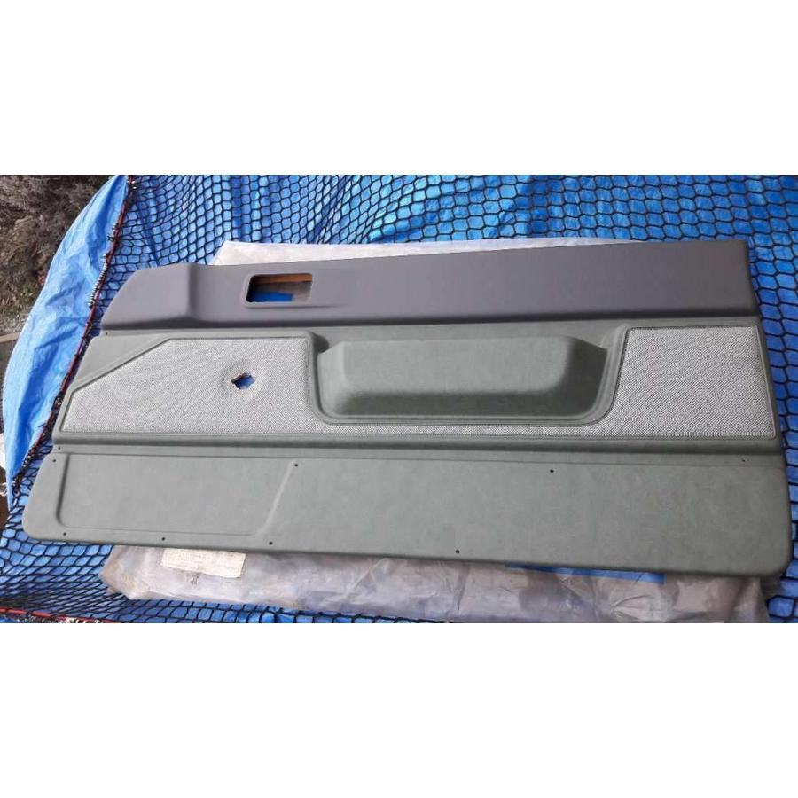 Door trim front door RH Green tweed venyl 3210424 3-drs NEW Volvo 340, 360