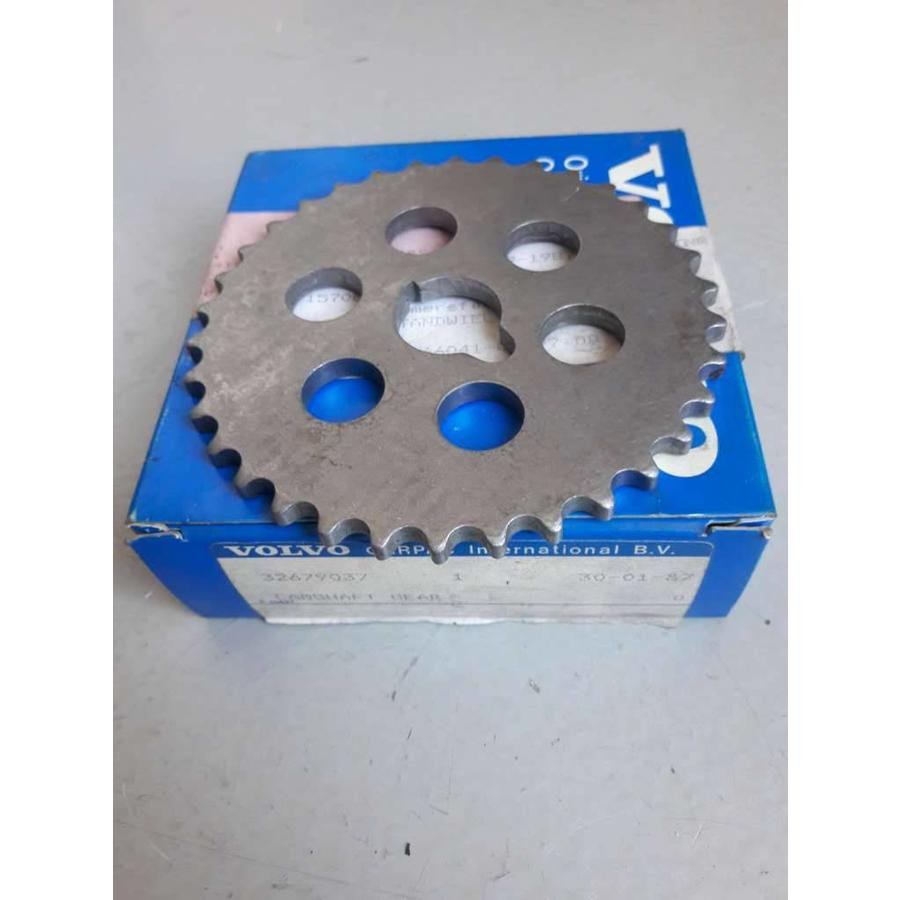 Camshaft sprocket B14.2E to 21145 / B14.3S to 3860 motor no. 3267903 NEW Volvo 340