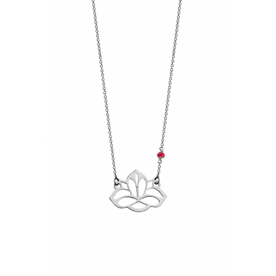 """Ketting """"ruby-lucky charm"""" Lotus - zilver-1"""