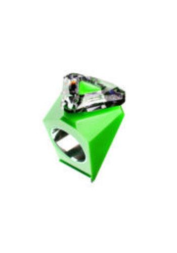 Ostrowski Design Big Ring driehoek groen -zilver