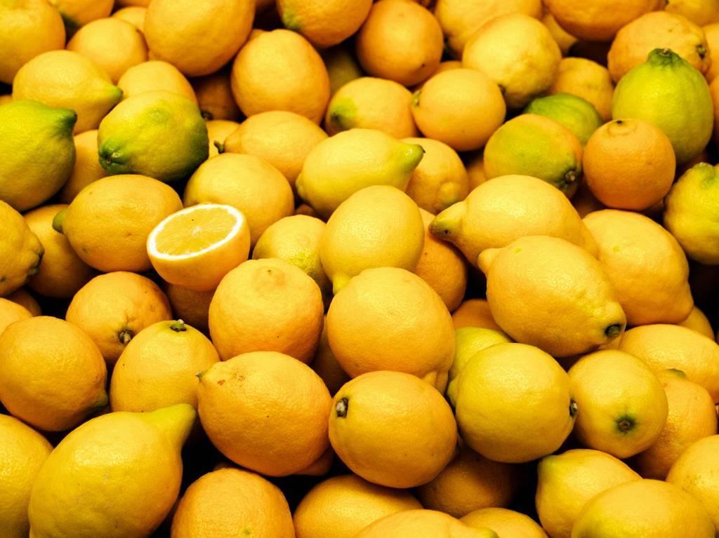 - Limón - Jarabe de frutas
