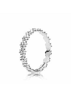 Pandora Ring of Daisies 191035