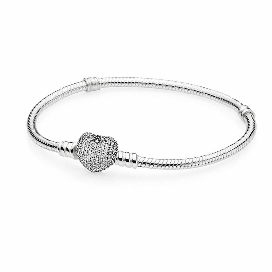Silver bracelet with heart-shaped clasp 590727CZ