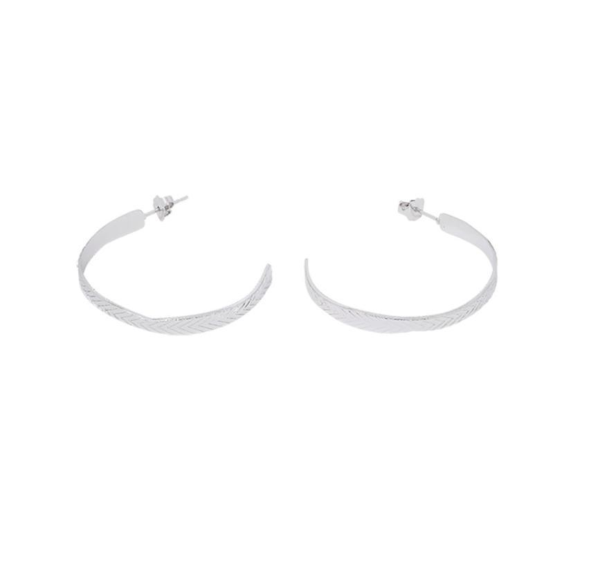Medium hoop earrings, leaf texture BOC-06.S