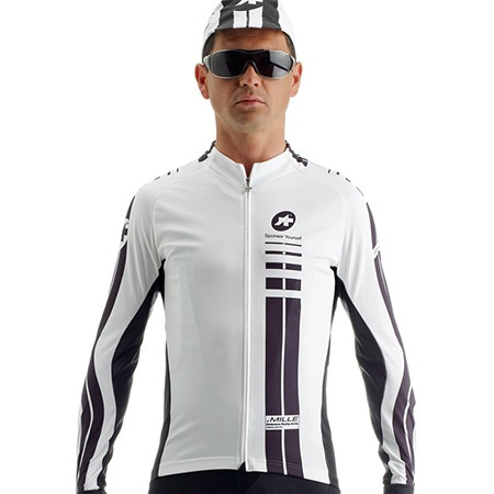 ASSOS Long sleeve jersey. Ex display item - priced to sell.