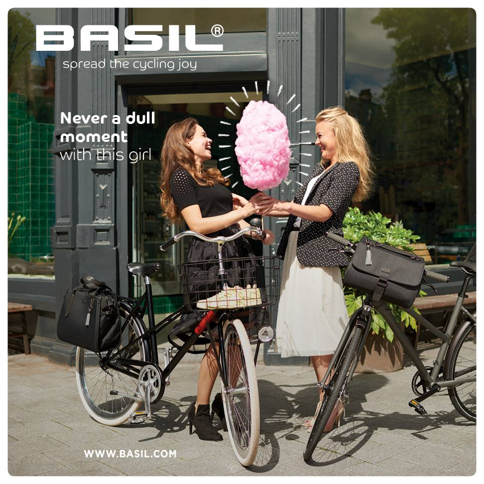 Basil introduces new dimension in bicycle bags at Eurobike 2016