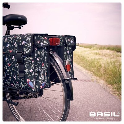 Basil Wanderlust Double Bag-  double bike bag - 35L - black