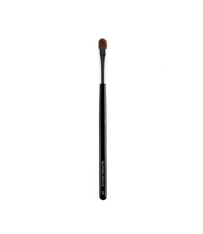 Brush 24 -  Large Eyeshadow
