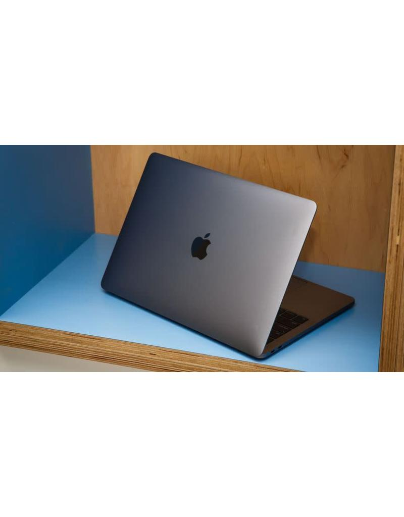 Apple Apple | Macbook Pro | 13.3 Inch | Core I7 | SSD | Retina Display | USB 3.0 | Webcam