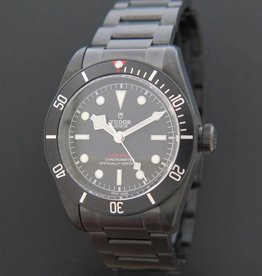 Tudor Heritage Black Bay Dark NEW