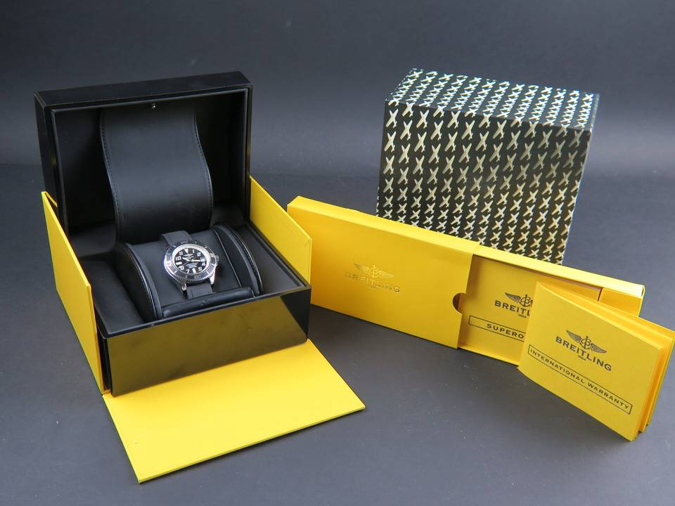 Breitling Breitling SuperOcean A1736402