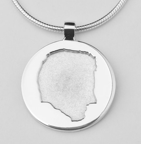 Round pendant with deepened profile
