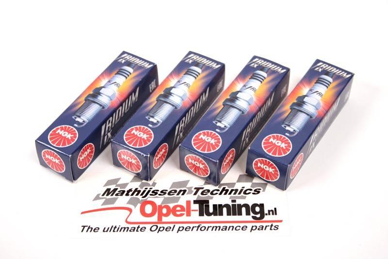 NGK Iridium IX spark plugs (4 pieces) for Opel pertol engines